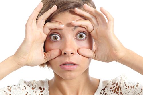 セキセイインコ 性別 頭 鼻 足の色